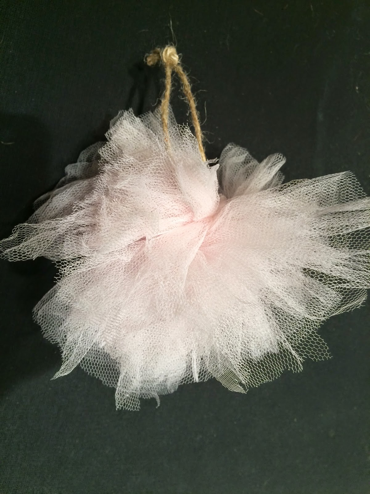 tulle-ornament