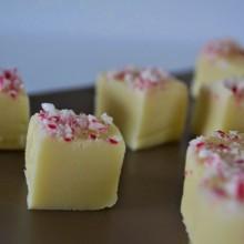 Fudge λευκής σοκολάτας με τρία υλικά – 3 ingredient white chocolate fudge