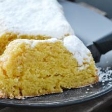 Κέικ με άρωμα πορτοκαλιού χωρίς γλουτένη