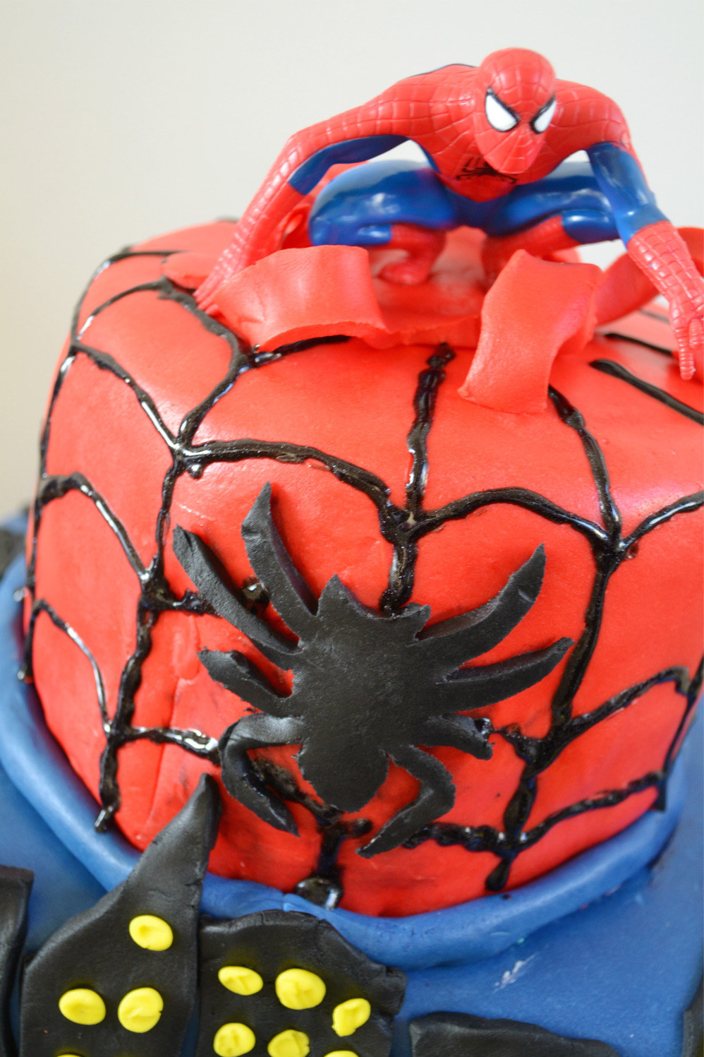 spiderman cake DSC_0171