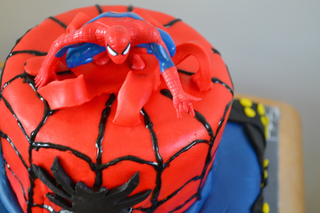 spiderman cake DSC_0172