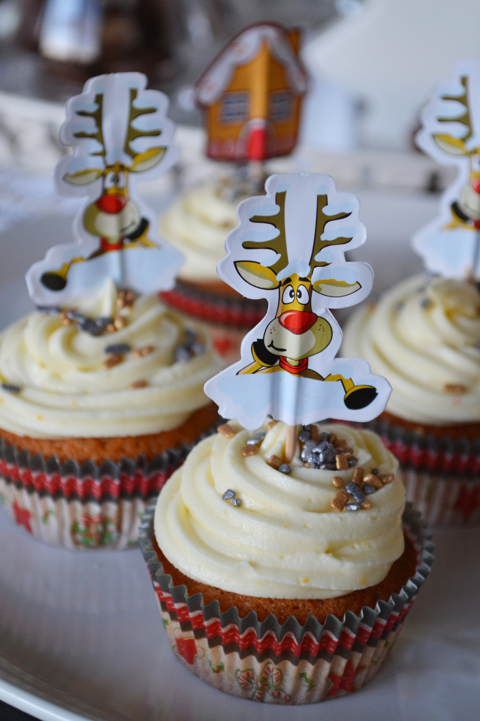 tangerine gingerbread cupcakes DSC_0034