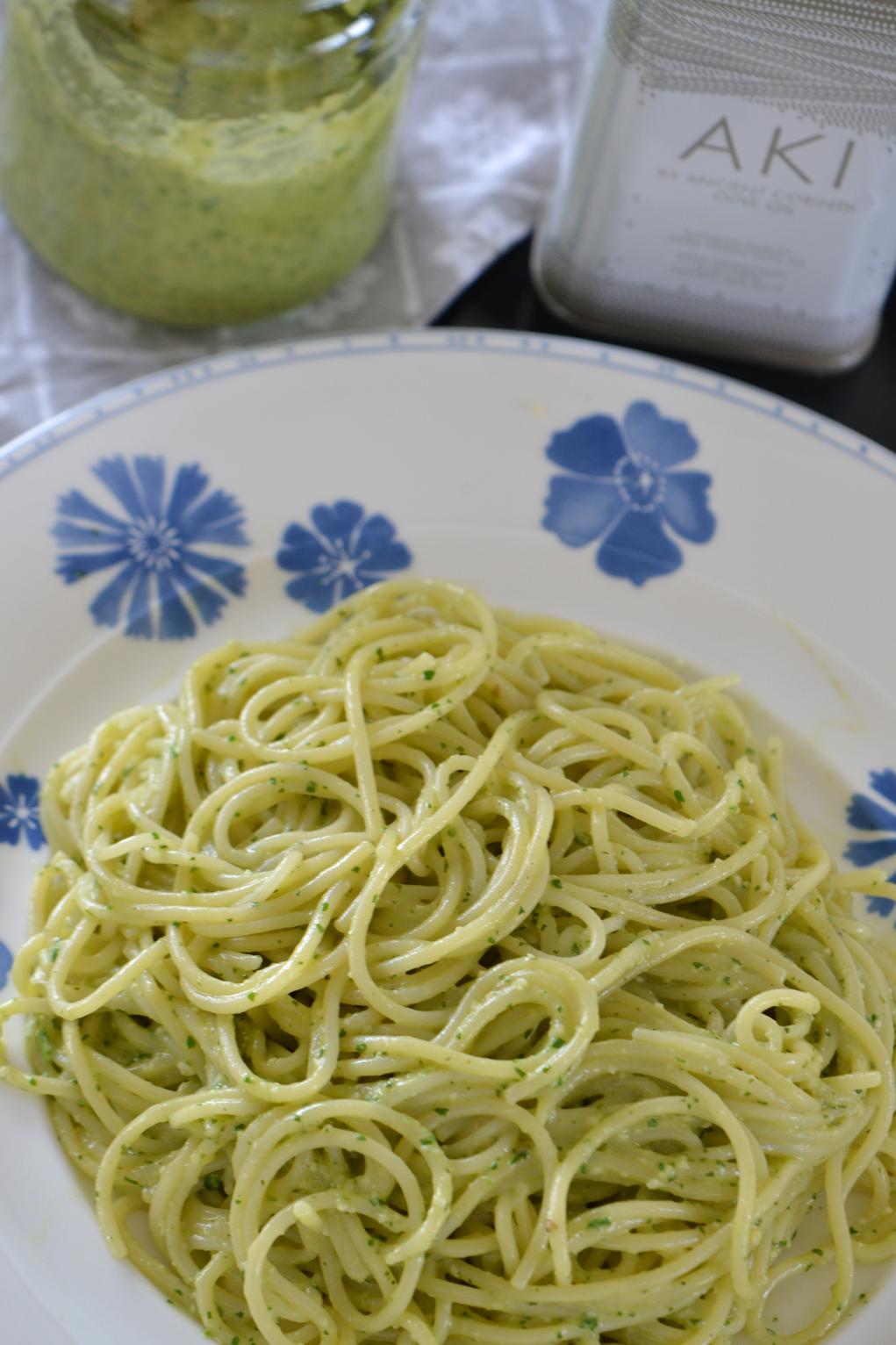 avocado pesto DSC_0102