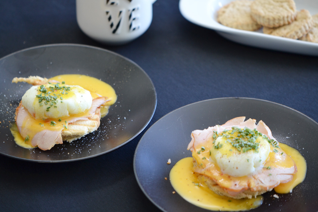 eggs benedict DSC_0028