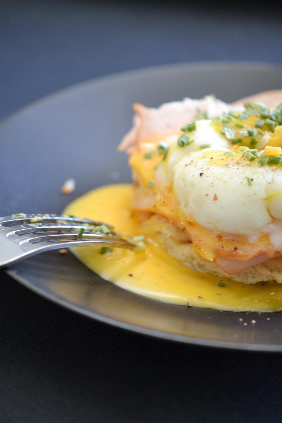 eggs benedict DSC_0038