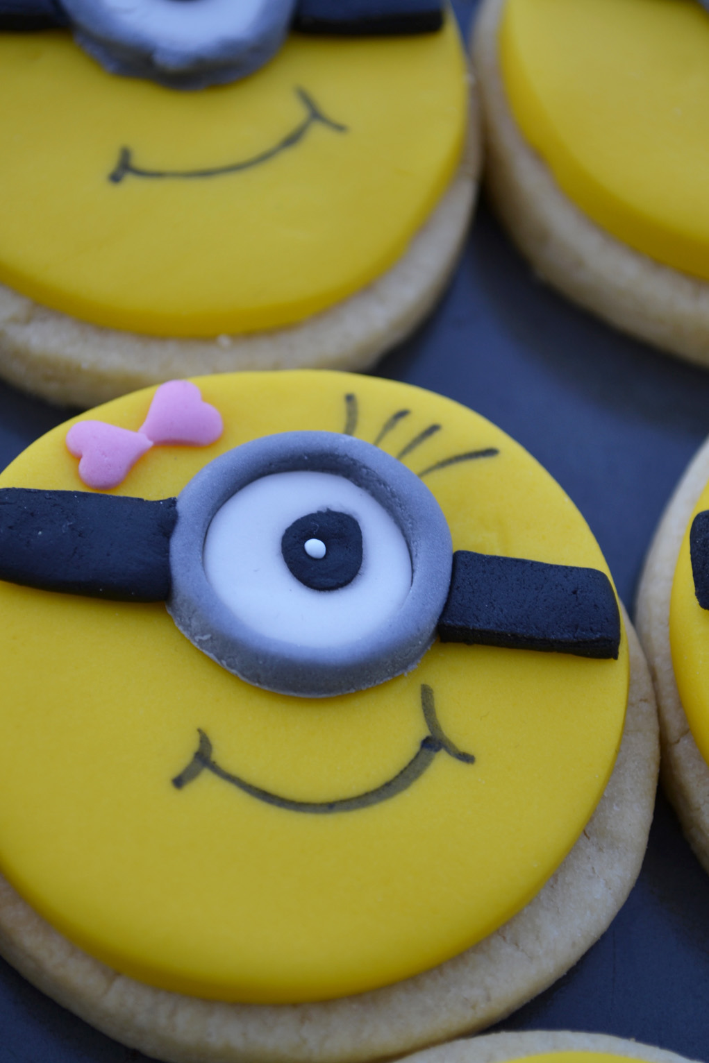girl minion cookies DSC_0017