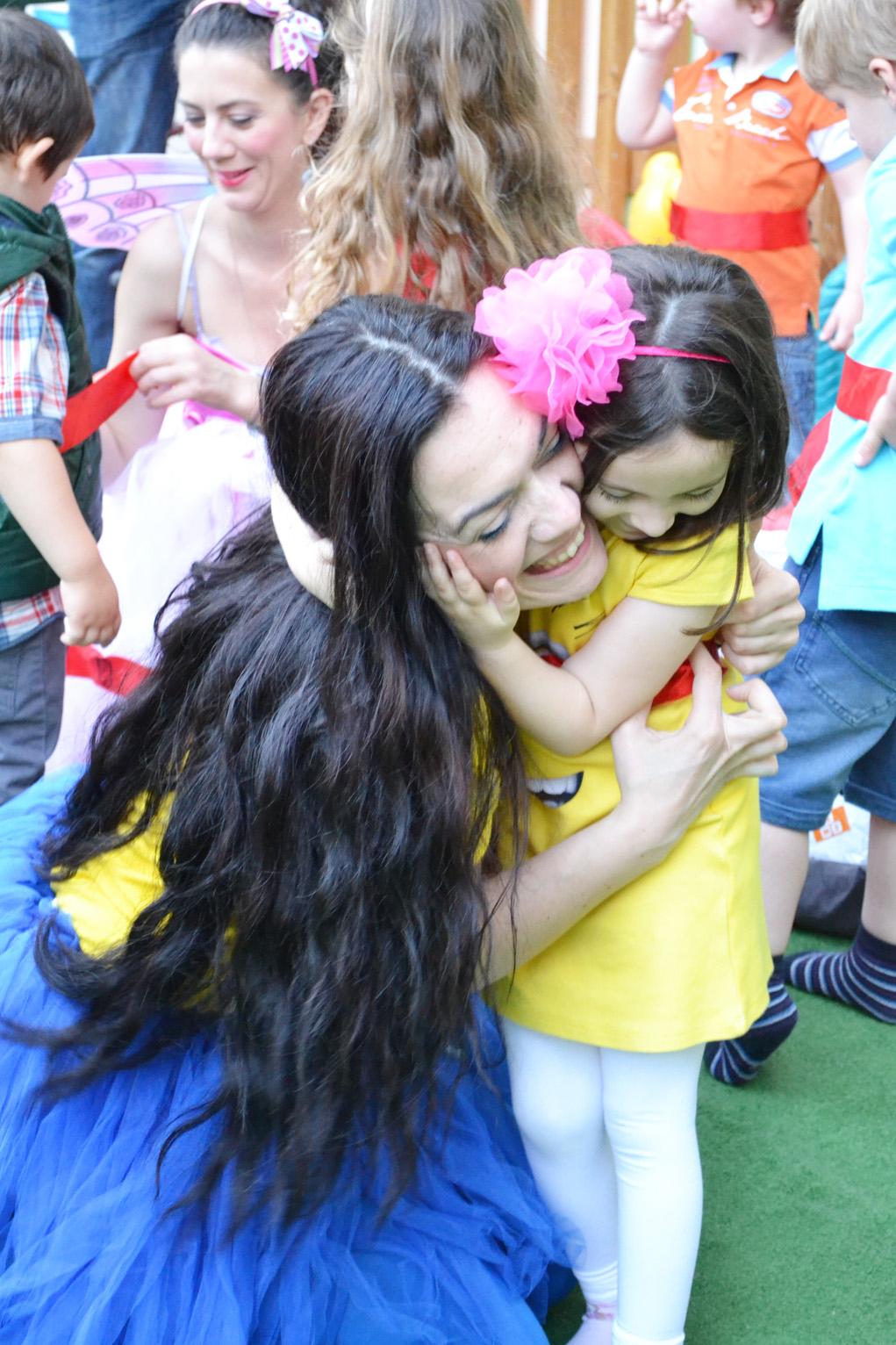 girl minion party teta