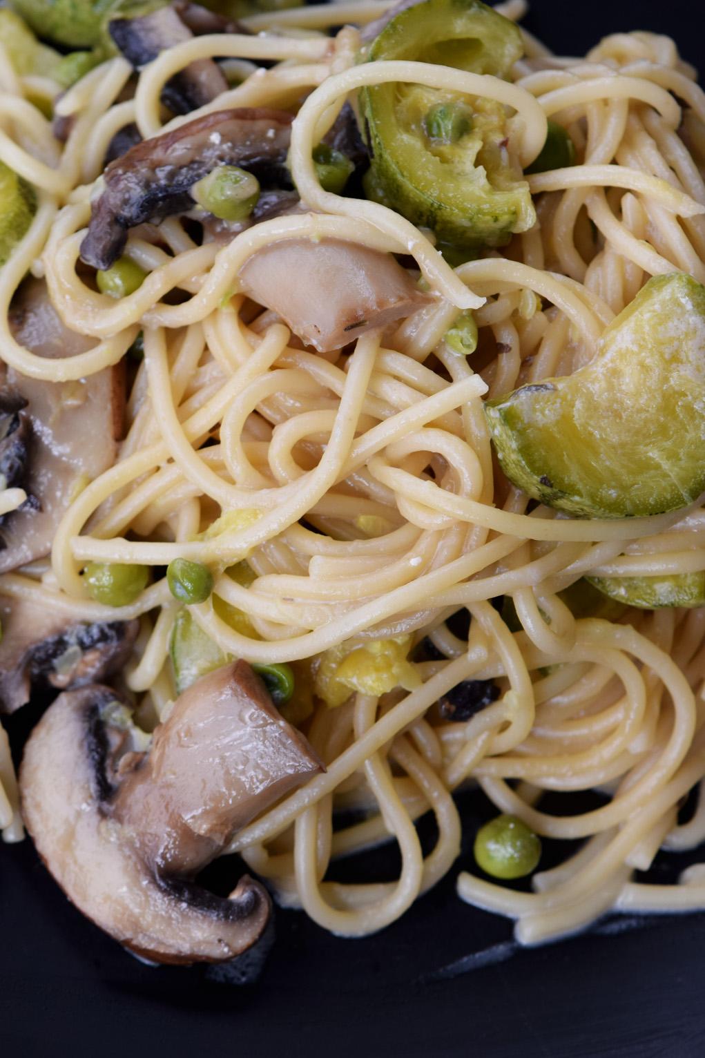 one pot mushroom zucchini pasta_0468