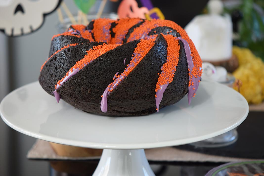 halloween black velvet cake__0016