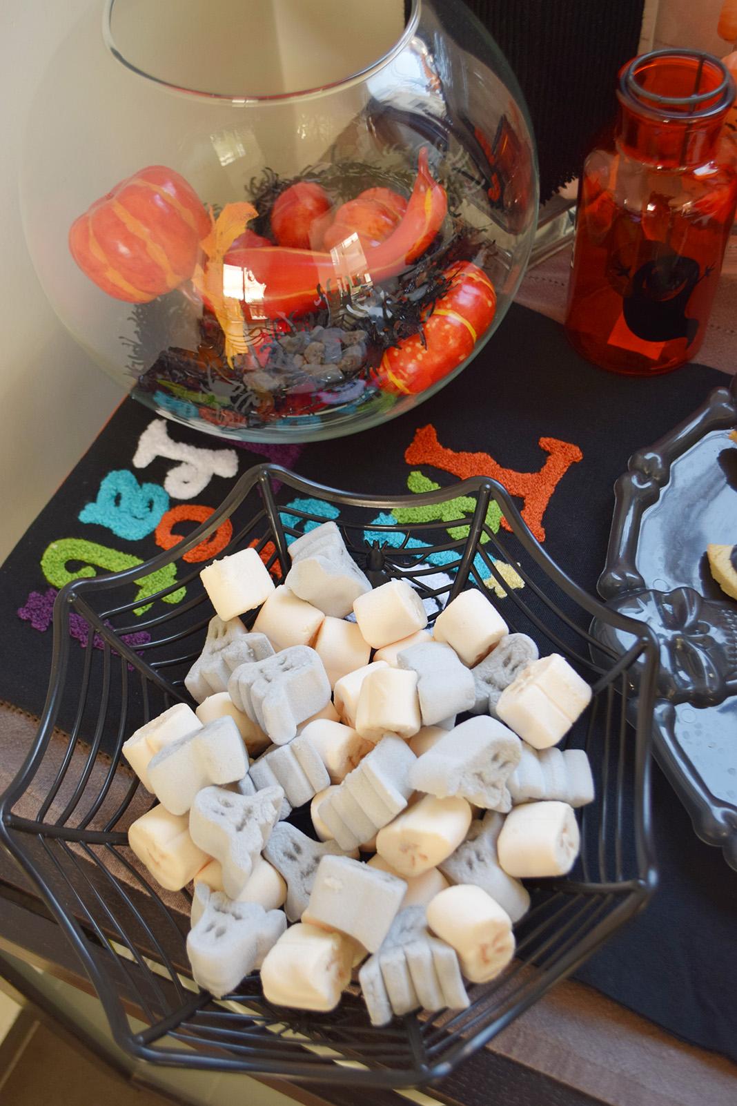 halloween black velvet cake__0056