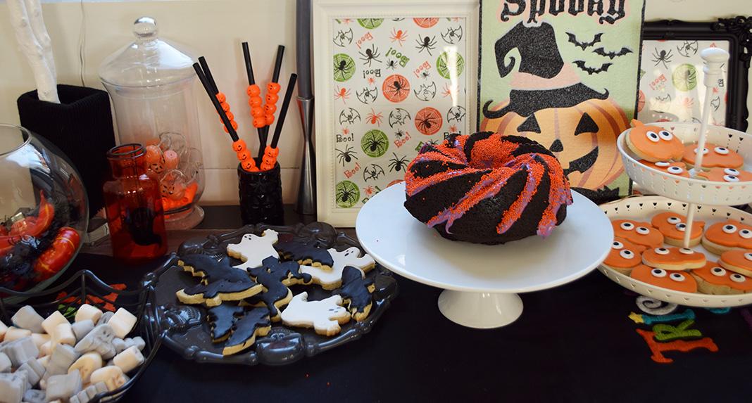 halloween black velvet cake__0059