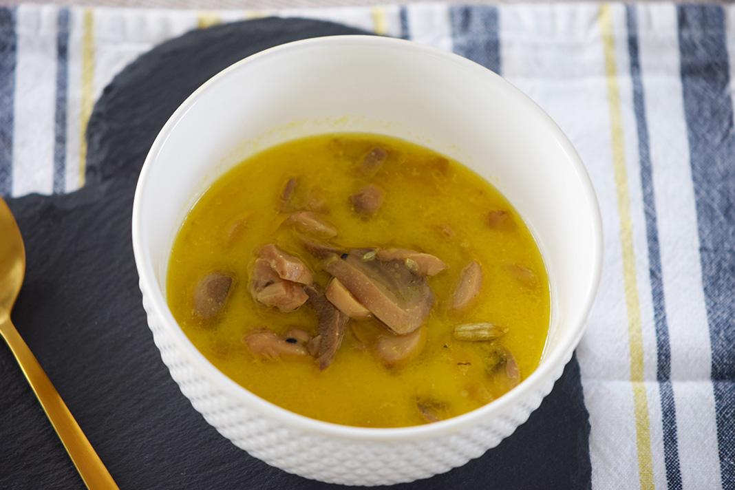 coconut milk tumeric soup_0883