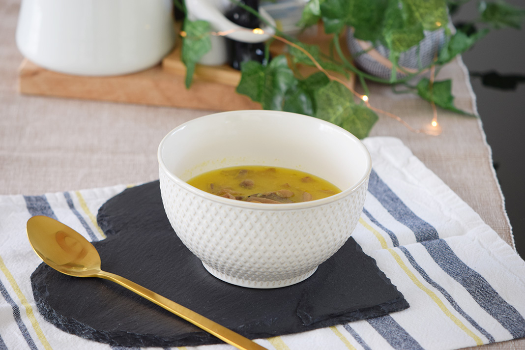 coconut milk tumeric soup_0888
